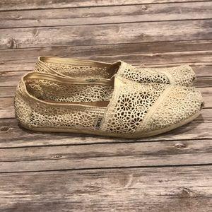 Women's Toms Lace Shoes Size 10